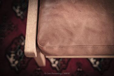 ビンテージ家具に合わせられる革 HIDA Leather®